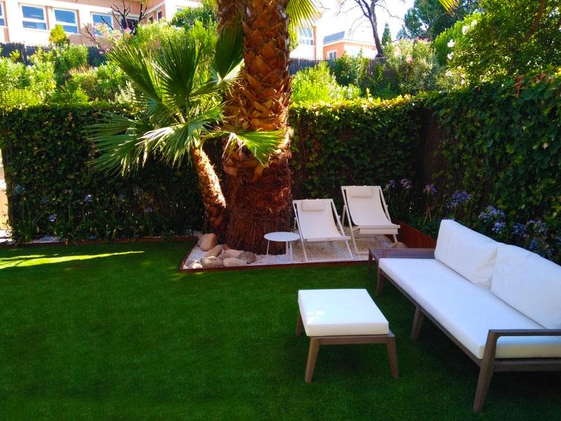 Césped artificial para jardín - Bordura y ornamentación
