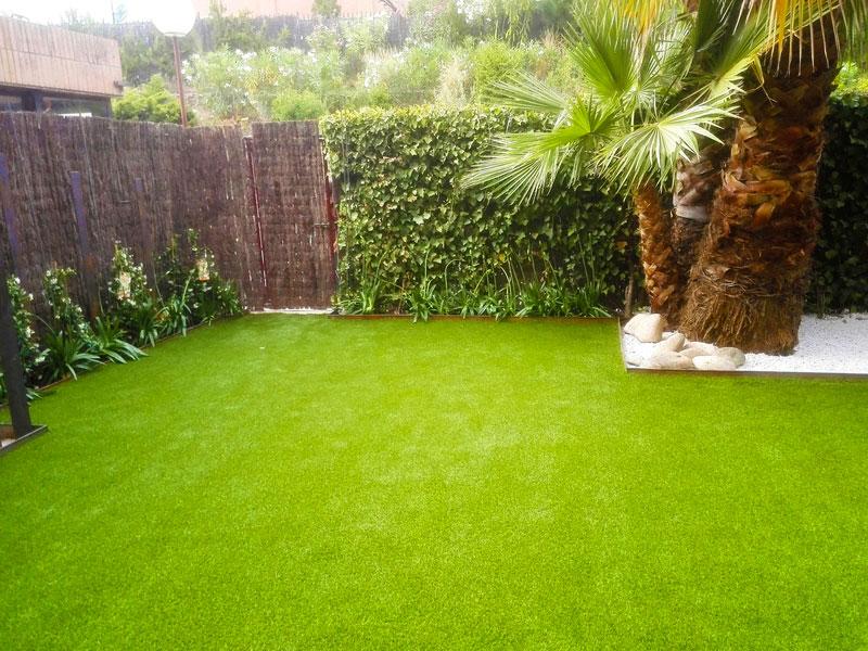 Instalación de Césped artificial para jardín