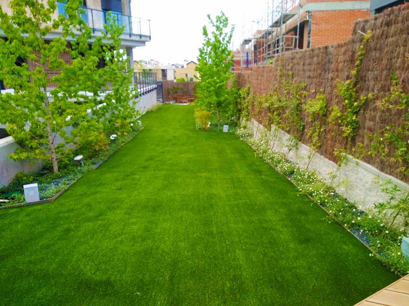 Jardinería - Césped artificial. Proyecto completo
