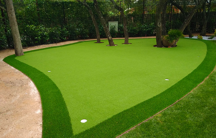cesped-artificial-para-instalación-deportiva-golf