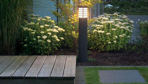 Iluminación para césped artificial